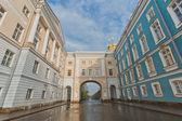 Park und Königlicher Palast in Puschkin-Stadt in der Nähe von Sankt-Petersburg, Russland — Stockfoto