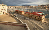 View of the old port of Marseilles and the hills — Stok fotoğraf