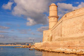 View of Fort St. Jean in Marseille with the sea — ストック写真