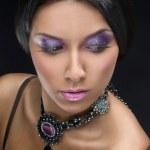 Beautiful woman with evening make-up. Jewelry and Beauty. Fashion art photo — Stock Photo