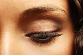 Woman eye with beautiful makeup — Stock Photo