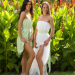 Two girls in summer garden — Stock Photo #30733557