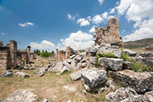 Ancient castle ruins — Stock Photo
