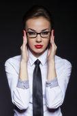 Gafas de mango empresaria — Foto de Stock