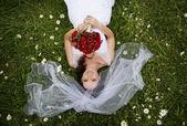 美丽的婚纱情侣 — 图库照片