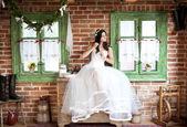 Countryside bride — Stock Photo