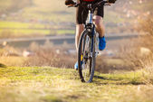 山のバイカー — ストック写真