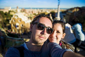 Tourist couple — Foto Stock