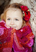 Girl wrapped in blanket — Foto Stock