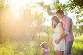 W ciąży rodzina zabawy — Zdjęcie stockowe