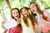 Three female friends — Stock Photo