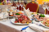 Festively set table for dinner — Stockfoto