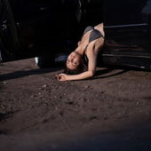 Dead woman in car — Stock Photo