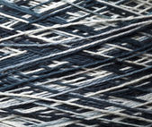 Black and white yarn — Stock Photo