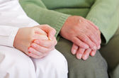 Anxious and relaxed hands — Stockfoto