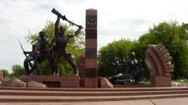 Monument aan de grenswachters — Stockvideo