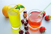 Refreshing fruit lemonade — Stock Photo