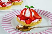 Strawberry tartlet — Stock Photo