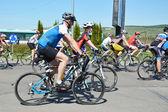Cyclistes de vélo de montagne — Photo