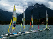 Boats in Lake Annecy (France) — Stock Photo