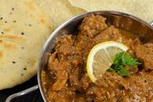Curry & Naan & Poppadoms — Stock Photo
