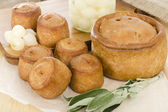 Melton Mowbray Pork Pies & Pickled Silverskin Onions — Foto Stock