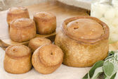 Melton Mowbray Pork Pies & Pickled Silverskin Onions — Stock Photo