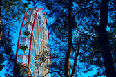 A colourful ferris wheel — Foto de Stock
