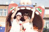 Unga bröllop par — Stockfoto