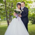 Walk of newly-weds — Stock Photo #37007279