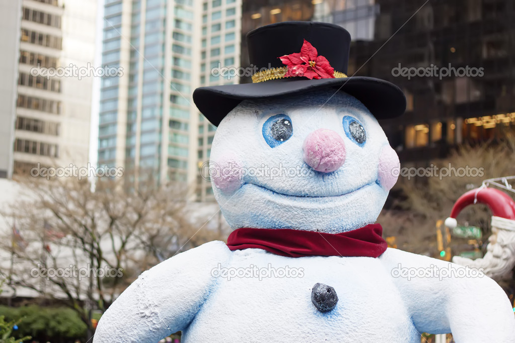 Happy snowman in downtown vancouver - closeup  Foto Stock #16283105