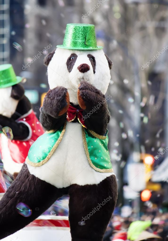 Dancing bear at christmas parade  Stock Photo #16283147