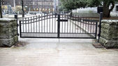 Locked gate by vancouver art gallery — Stock Photo