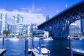 Blue sky day on granville island — Stock Photo