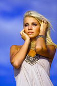 Blond portrait. Behind blue eyes — Stockfoto
