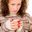 Close-up girl holding a cup of tea — Stock Photo
