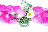 Mooie achtergrond van rozenblaadjes — Stockfoto