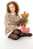 Comfort, the girl in a sweater reading book — Stock Photo