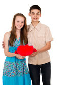 一个男人和一个女孩握着的心 — 图库照片