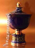 Funerary urn — Stock Photo