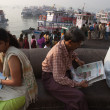 Morning ferry on IndiGate. Mumbai — Stock Photo #22427051