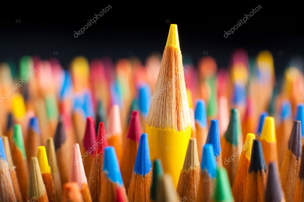 Color pencils representing the concept of Standing out from the crowd — Stock Photo #15268139