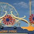 Luna Park and the wonder wheel in NYC, USA — Stock Photo