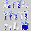 Vector illustration of Cocktails and glasses with alcohol on stickers — Stock Vector