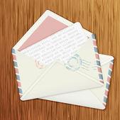 Envelopes retrô em fundo de madeira — Vetorial Stock