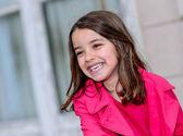 Bonito retrato de una muchacha muy poco feliz — Foto de Stock