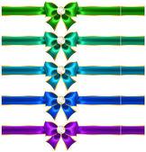 ダイヤモンドおよびリボンとのお祝い弓 — ストックベクタ