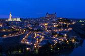 Noční pohled na město toledo — Stock fotografie