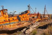 Atlantik kıyısında gemiler yok edildi — Stok fotoğraf