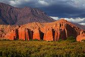 Barevné skalní útvar, argentina — Stock fotografie